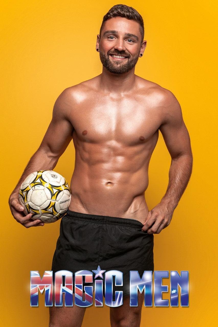 Melbourne_Male-Topless-Waiter_Alun_Victoria_VIC_Magic-Men-Australia